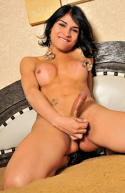Hot and Hung Tgirl Jessica Ninfeta