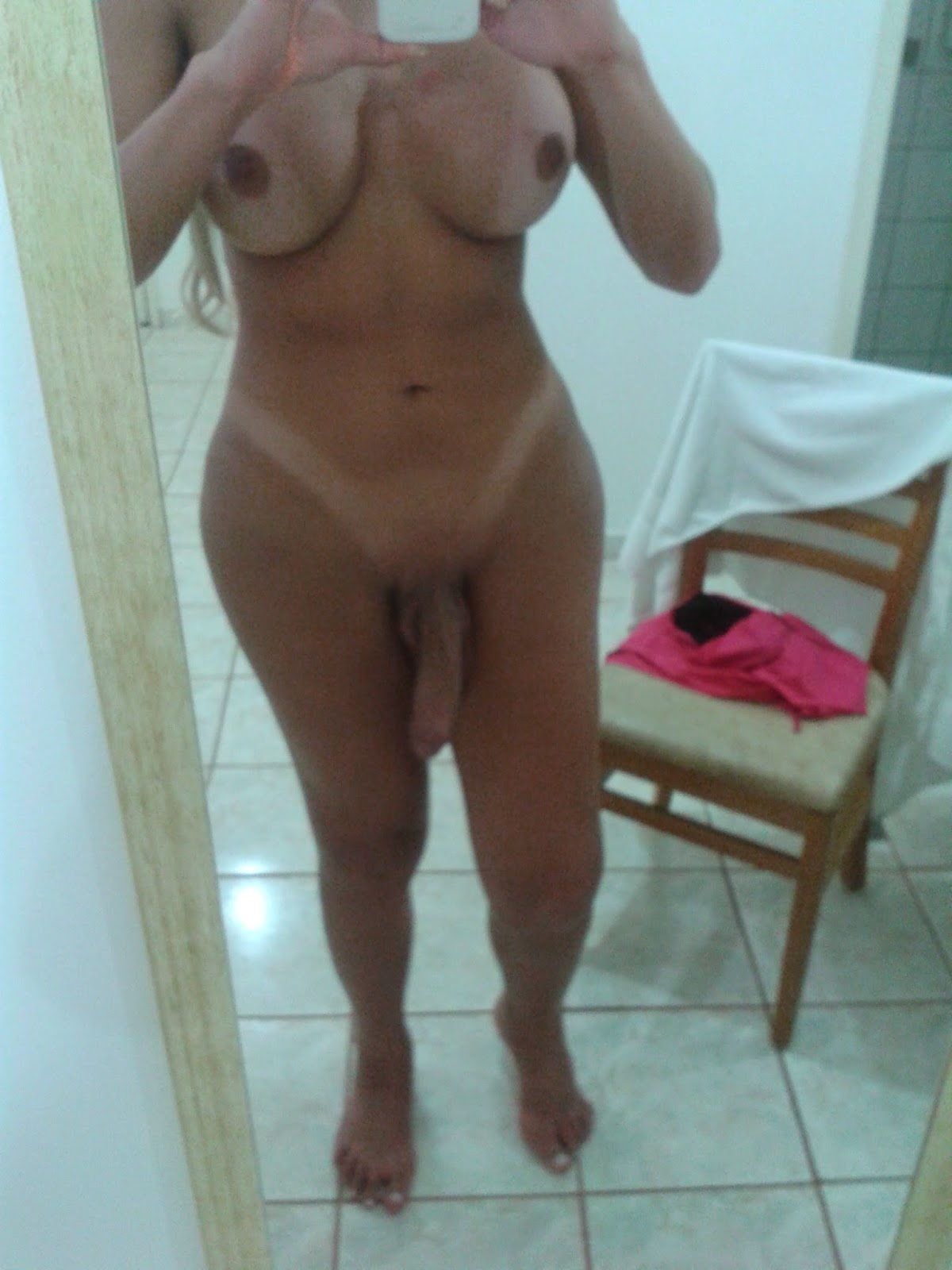 Busty Cock Lady Selfie in the Bathroom